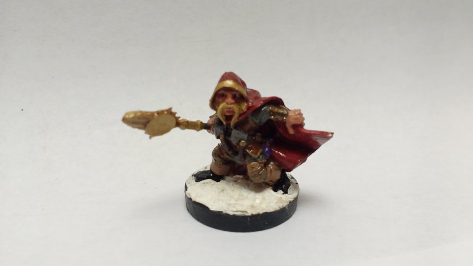 The Klaus Copperthumb Dwarf Rogue miniature from Reaper Bones. Viewed from the front.